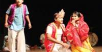 A scene from 'Paicho Chorer Kissa' performed by Dhaka Padatik at the Bangladesh Shilpakala Academy [Image: The Daily Sun]